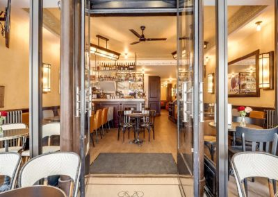 Cafe de Paris - Entree