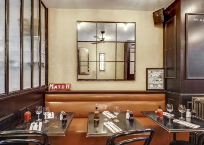 Cafe de Paris - Tables